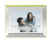 Picture frame LIGHT green 10/15